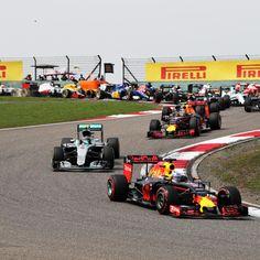 Formula 1's Latest Rumours, Talk: Zak Brown, Carlos Sainz Jr. on Renault, More