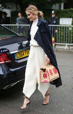 Olivia Palermo y Doña Letizia eligen los capazos como su bolso de verano ¿te apuntas a lucir como ellas?