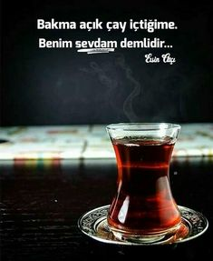 Turkish tea has a great role in Turkish culture since it is a way of socializing. You can easily make it with a Turkish tea pot set and Turkish tea glasses. Tea Recipes, Coffee Recipes, Picnic Recipes, Fast Recipes, Best Coffee Cake Recipe, Chocolate Cafe, Coin Café, Tea Glasses, Tea Pot Set