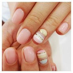 Gold  Light Pink Nails