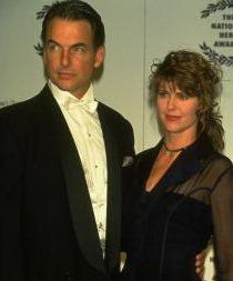 Mark Harmon and Pam Dawber, married since 1987. Great couple.