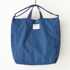 WONDER BAGGAGE ワンダーバゲージ Relax tote 2 : blue x navy リラックス トート 2 ブルー ネイビー Baggage, Diy Fashion, Sunnies, Relax, Reusable Tote Bags, Bags, Sunglasses, Shades