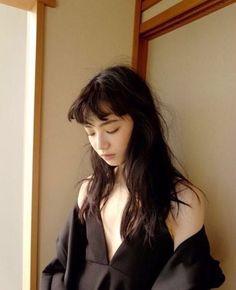 Still out of it. Cute Komatsu Nana, Boy Meets Girl, Japanese Makeup, Model Face, Cute Japanese Girl, Japan Fashion, Ulzzang Girl, Japanese Models, Japan Girl