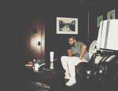 Drake & logic Type Beat (Push Back) 2016 Drake E, Drake Drizzy, Beach Pictures, Cool Pictures, Drake Photos, Drake Graham, Aubrey Drake, Octobers Very Own, Music Icon