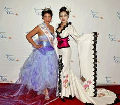Marisa Buchhiet Miss Chicago 2012 Opera Singer in j-na couture.