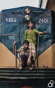 Un train d'enfer - Opus 1 Celine, Amazing India, Unity In Diversity, People Of The World, Train Rides, Portraits, Photo Poses, Marcel Proust, Street Photography