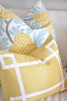 Fleur Chinoise in Mustard (CWD Textiles) paired with a Signature Border pillow in mustard