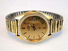 304) Gents vintage Seiko quartz watch on Fixo Flex expanding bracelet in good working order Est. £25-£35