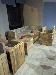 Pallet Wood Furniture for Cafe