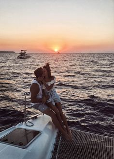 5 Tropical Getaways You Need To Add To Your Must See List (Hello Fashion) Cute Relationship Goals, Cute Relationships, Summer Pictures, Couple Pictures, Vacation Pictures, Cute Couples Goals, Couple Goals, Gym Couple, Couple Tumblr