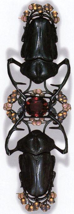 Antique Stag Beetle Corsage Ornament by René Lalique c1903.
