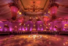 I want to get married here, pink :)