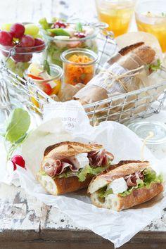 picnic lunch...!  Photo Reiko Nanto / Styling Sumie Yuki