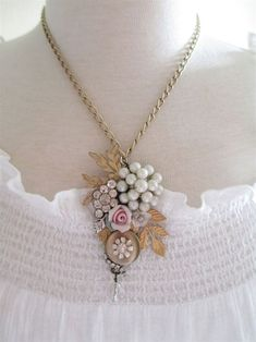 Vintage Jewelry Assemblage Flower Garden Necklace OOAK Cluster Collage Necklace #PendantNecklace #VintageJewelry