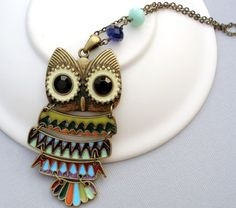 ** Vintage Style Owl Necklace - Very Cute! **