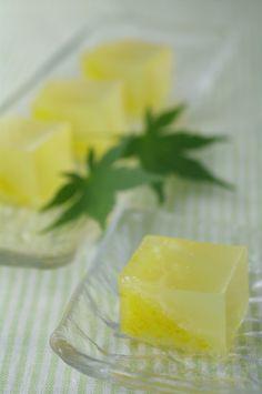 和菓子で涼を    手作り和菓子「金魚」、「阿寒の雫」、「夏の香」 : ふつうのコト