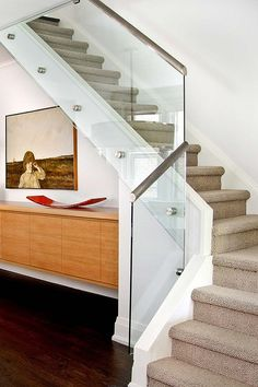 Vintage Home Interior Design with Rustic Stair Railing Ideas. Contemporary Bright Home Interior Design With Sectional Brown Staircases Along With Modern Glass Banister And Steel Railing In Bright Lighting Concept. Modern Stair Railing, Stair Railing Design, Staircase Railings, Modern Stairs, Banisters, Stair Treads, Stairway Railing Ideas, Banister Ideas, Staircase Contemporary