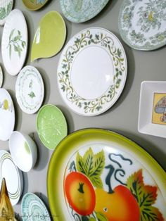 Love this plate wall with invisible plate hangers - see how to make your own eclecticallyvintage.com