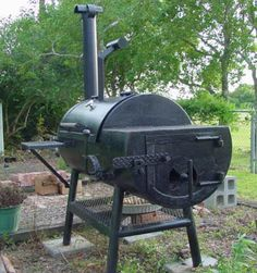 How to Build a BBQ Grill Out Of a Propane Tank | ifood.