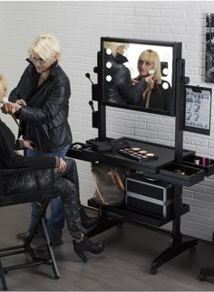 The Best Solution To Create A Professional Make Up Corner Are The Movable Make  Up Stations On Wheels Cantoni Branded.