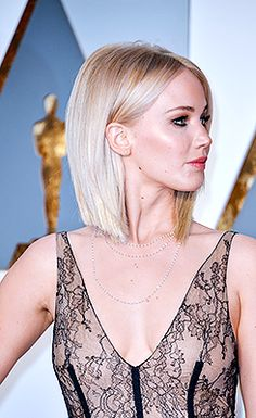 Jennifer Lawrence at the annual Academy Awards ceremony (the Oscars) in Los Angeles, 2016 Jennifer Lawrence Blonde, Jenifer Lawrence, Jennifer Lawrence Haircut, Hairstyles Haircuts, Pretty Hairstyles, Hair Inspo, Hair Inspiration, Looks Pinterest, Corte Y Color