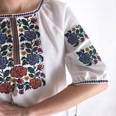 Romanian floral blouse White boho tops for women Embroidered short sleeve cotton blouse Peasant blou Bohemian Blouses, Boho Tops, Floral Blouse, Floral Tops, White Bohemian, Embroidered Shorts, Loose Fitting Tops, Cotton Blouses, Festival Outfits