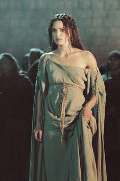 King Arthur : front of dress
