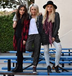 Noah Cyrus, Stella Hudgens & Alli Simpson look faboosh in Mudd's new Fall campaign pics and vid - Sugarscape.com