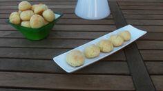 Questi dolcetti al cocco sono velocissimi e buonissimi,in più sono senza glutine quindi adatti anche agli intolleranti.