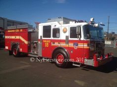 NEW! FDNY Squad 18 rescue-pumpler! 1000 gpm rescue-pumper (Squad) apparatus going to Squad 18 (One of our favorite companies)   This is the second of seven Seagrave rescue-pumpers which will be going to Squad companies 1, 18, 41, 61, 252, 270 and 288.  Shared by nyfirestore.com