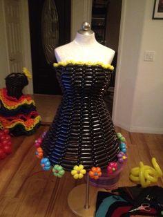 Balloon Fashion at the Vegas Wonderground :: The Twisted Balloon ...