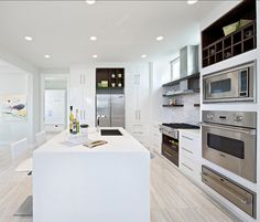 Contemporary Kitchen Design. Beautiful Contemporary White Kitchen Design. #Contemporary #KitchenDesign