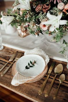 Patterned Peach Place Setting from Anthropologie | Heather Burris Photography | http://heyweddinglady.com/fall-pastels-metallics-woodland-wedding/