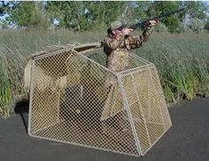 Click this image to show the full-size version. Duck Hunting Gear, Duck Hunting Blinds, Dove Hunting, Waterfowl Hunting, Hunting Tips, Duck Blind Plans, Duck Boat Blind, Goose Blind, Deer Feeders