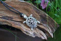Turtle necklace, turtle jewelry, sea turtle, beach accessories https://www.etsy.com/listing/76423884/sea-turtle-necklace-turtle-necklace