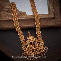 Gold Temple Jewellery, Silver Jewellery Indian, Gold Jewellery Design, Gold Jewelry, Diamond Jewellery, Bridal Jewelry, Ear Jewelry, Antique Jewellery, Pendant Jewelry