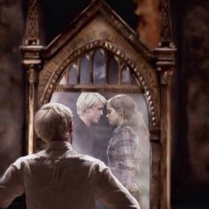 Read Dramione from the story Imágenes de Shipps by MiaCFV (~ Mia ~) with 224 reads. (Draco Malfoy y Hermione Granger de Harry Potter) Estilo Harry Potter, Arte Do Harry Potter, Harry Potter Ships, Harry Potter Cast, Harry Potter Love, Harry Potter Universal, Harry Potter Fandom, Harry Potter Memes, Potter Facts