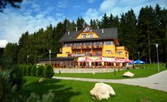 Hotel Slunečná Louka - Lipno nad Vltavou  www.slunecnalouka.cz Hotel 3* + depandance 3*
