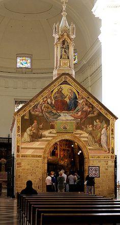 Assisi, Basilica di Santa Maria degli Angeli, Porziuncola ((Basilica of St. Mary of the Angels, Porziuncola) Assisi, Tuscany, ITALY