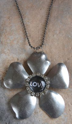 One day GIVEAWAY going on today at Jazzy Jewelry by Nanette on Facebook!!! :)