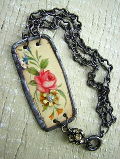 LOVE this!! IMG_3219 by Bijou Savvy, via Flickr; her items are on etsy at http://www.etsy.com/shop/bijousavvy