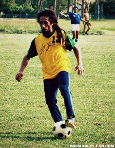 Bob Marley natural #2 #bobmarley #tuffgong #reggae #music #legend #rare #fan #cool #football #freedom #soccer