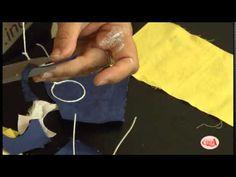 Alciana Rossi ensina a usar produtos da Glitter - cola pano e tinta PVA.