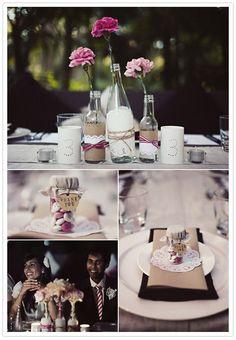 DIY Tischdeko im Scrapbook Style (Bottle Centerpieces Home) Bottle Centerpieces, Simple Centerpieces, Wedding Centerpieces, Wedding Decorations, Table Decorations, Vases, Wedding Blog, Diy Wedding, Rustic Wedding