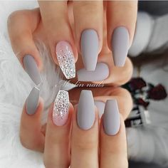 """Shlack Nails Winter is the season in which we all enjoy a lot the fog, mist, snow. This is the best time of the year With Grey and White Nails Picture Credit Source by """" Cute Summer Nails Designs 2019 To Make You Look Cool And Stylish""""> Shlack Nails … Cute Summer Nail Designs, Cute Summer Nails, Cute Nails, Summer Toenails, Sparkly Nail Designs, Elegant Nail Designs, Nail Art Designs, Acrylic Nail Designs, Nails Design"""