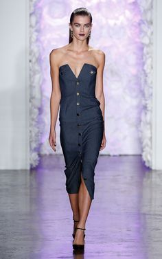 Cushnie et Ochs Spring Summer 2016 - Preorder now on Moda Operandi