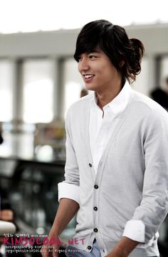 Lee Min Ho-I miss that hair.