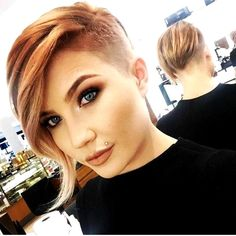 50 Trendy Pixie Cut with Long Bangs Ideas - Hairstyle Modern Short Hairstyles, Short Hairstyles For Thick Hair, Asymmetrical Hairstyles, Short Hair Cuts For Women, Curly Hair Styles, Short Haircuts, Beautiful Hairstyles, Shaved Side Hairstyles, Pixie Cut