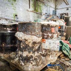 Les produits potentiellement dangereux se trouvaient dans des ateliers abandonnés depuis 2013.#spaque #remediation #fricheindustrielle #rehabilitation #brownfields #cyanure #interventionenurgence