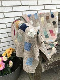 Scrap Yarn Blanket Squares